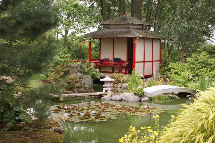 Comment ins rer un bassin japonais quand on a un petit jardin - Bassin japonais dessin dijon ...